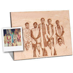 engraved photo frame wooden plaque manufacturer from vapi