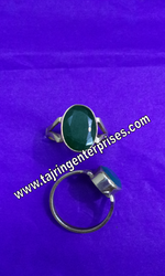 Panna Gemstone Rings