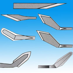 ophthalmic blades