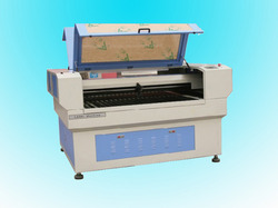 Laser Cutter with Servo Motor and Ballscrew