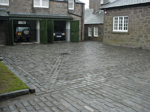 setts and kerb stones