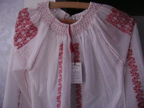 Hand embroidery clothes images