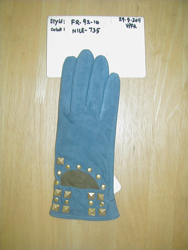 Ladies Fashionable Gloves