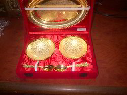 Gold Plated Oval Shape Tray With 2 Bowl