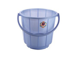 plastic bucket steel handle