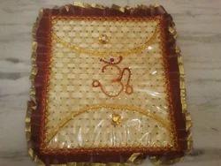 Decoration of Saree Packing