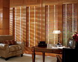 Country Woods Genuine Colle Blind