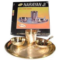 Traditional Buffet Plate Set Narayan Ji