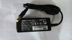 SCOMP Laptop Adapter HP 19V 1.58 A Mini