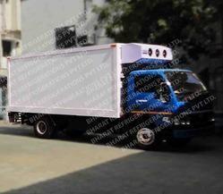 Reefer Trucks for Frozen Foods