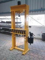Bend Removing Machine