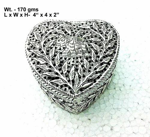 White Metal Box Heart Shape Box