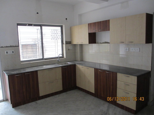 Latest L Shaped Modular Kitchen With L Type Small Kitchen Design.