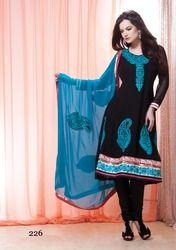 Girls Salwar Kameez