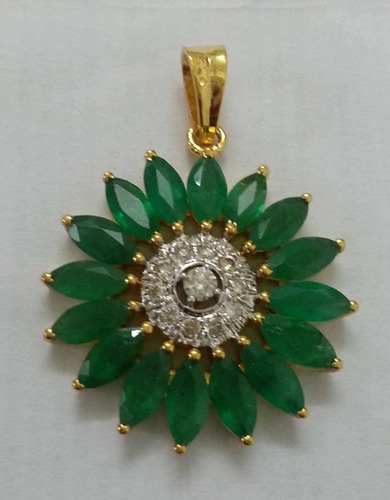 Diamond & Emerald Studded 14k Gold Pendent
