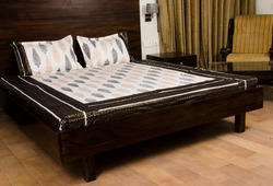100 cotton black and white bed sheet