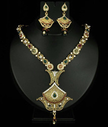 Heavy Kundan Jewelry
