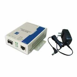 SFP Slot 10/100M Industrial Fast Ethernet Media Converter