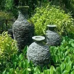 Designer Garden Pot Plant Garden Pot Service Provider from Kolkata