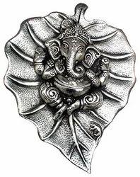 White Metal Cidol Ganesh Statue
