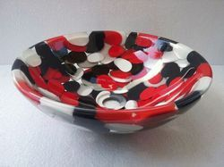 Prayosha Round Red Black And White Washbasin