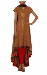 Asymmetrical Kurta With Zardozi Work On The Neck