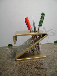 Acrylic 'Z' Shape Pen Holder