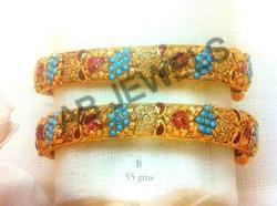 Gold Jadau Bangle