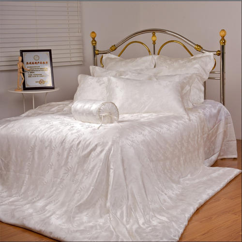 Silk Bed Sheets   Silk Ki Chadren Latest Price, Manufacturers U0026 Suppliers