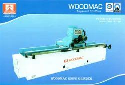 Wood Peeling Machine