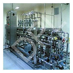 Water Generation Systems for Injection Distribution Loops