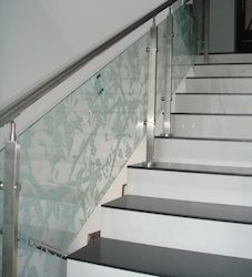 Glass Hand Railing with Baluster
