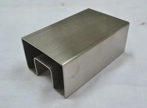 Stainless Steel Rectangular Slot Pipe