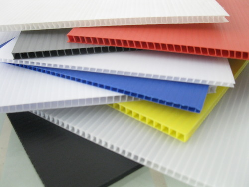 Plastic poster board for crafts