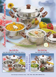 Casseroles/Hot Pots