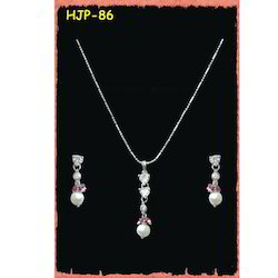 Artificial Designer Pendant Set