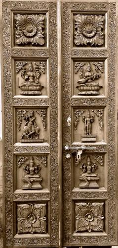 Temple carved doors - Temple Wooden Door Exporter from Chennai & Puja Room sp.Temple carved doors - Temple Wooden Door Exporter from ...