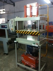 Hydraulic Type Blister Cutting Machines