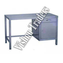Stainless Steel Laboratory Tables