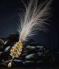 kalgi with feather