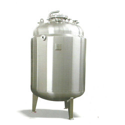 PW and WFI Storage Tanks
