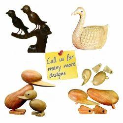 Custom Design Handmade Wooden Carving Desk Decorative Birds