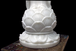 Marble+Lotus+Stand+of+Lord+Buddha