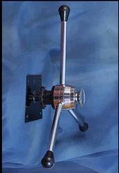 Three Pronged Steel Handle with Mechanism