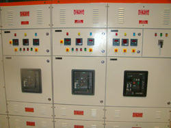 Synchronizing Panels