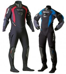 DRY PLUS-The drysuit with soft boots.
