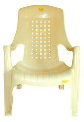Net Design Comfort Plastic Chairs