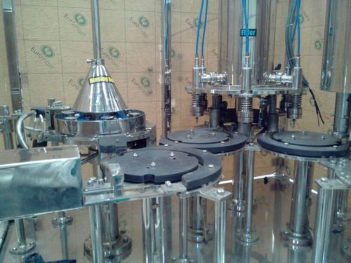 40 BPM Rinsing Filling Capping Machine