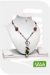 Vaah Handcrafted Glass Bead Jewelry