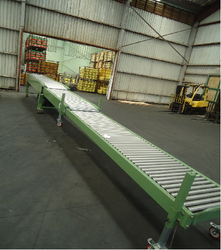 Telescopic Roller Conveyor